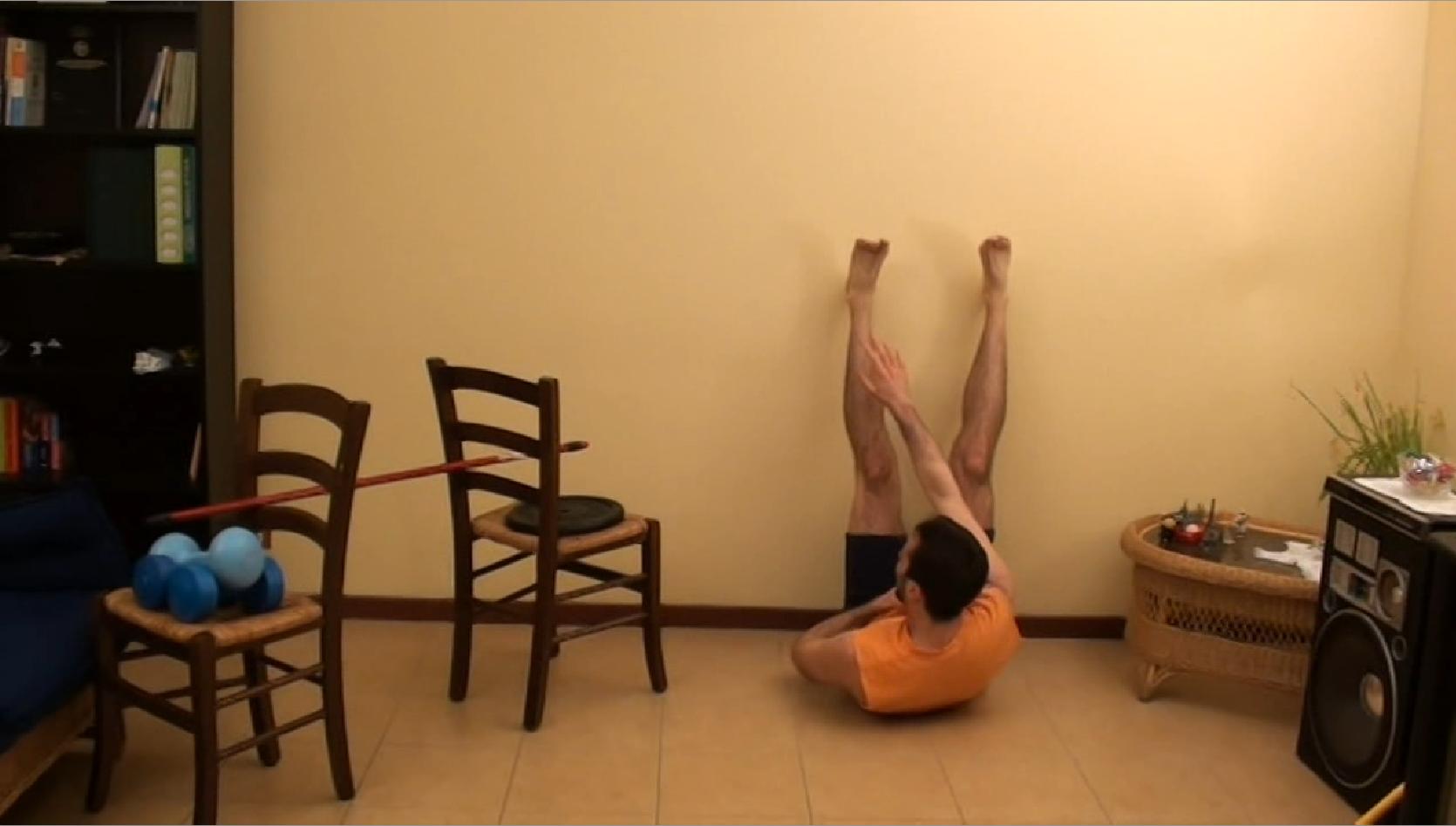 Pettorali dorsali ed addominali allenamento a casa - Costruire palestra in casa ...