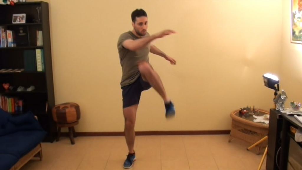Esercizi addome, pettorali e dorsali | programma di allenamento a casa