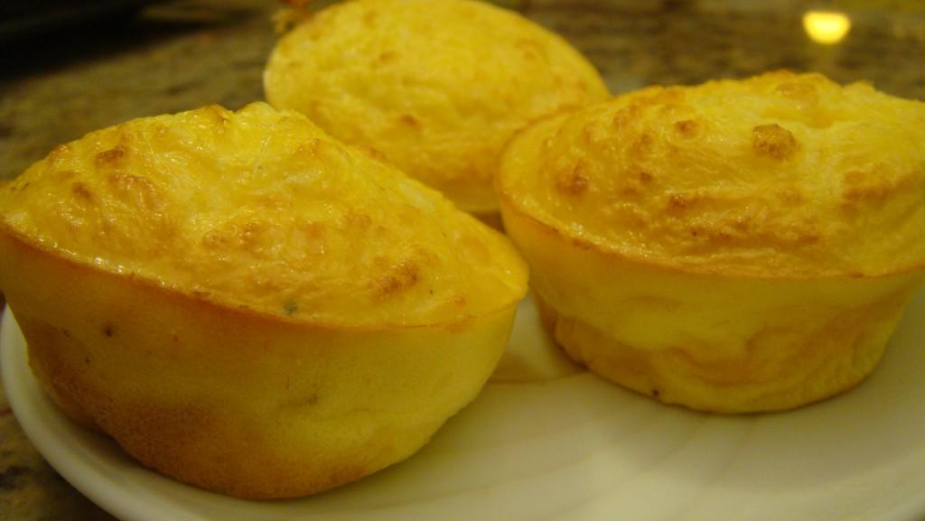 Muffin salati al formaggio (Mini frittata al forno)
